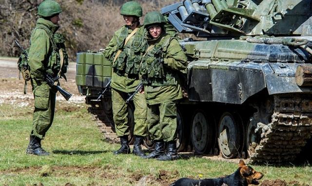 كيري يرحب بنية موسكو سحب قواتها من منطقة الحدود مع أوكرانيا