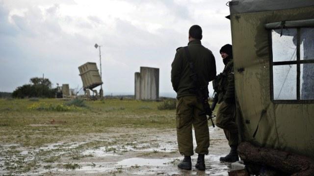 إسرائيل تجري تدريبا عسكريا يحاكي التعرض لقصف صاروخي