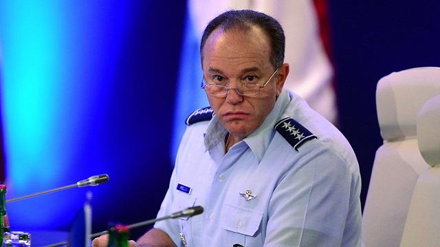 الناتو يخطط لتعزيز قوات أعضائه في شرق أوروبا
