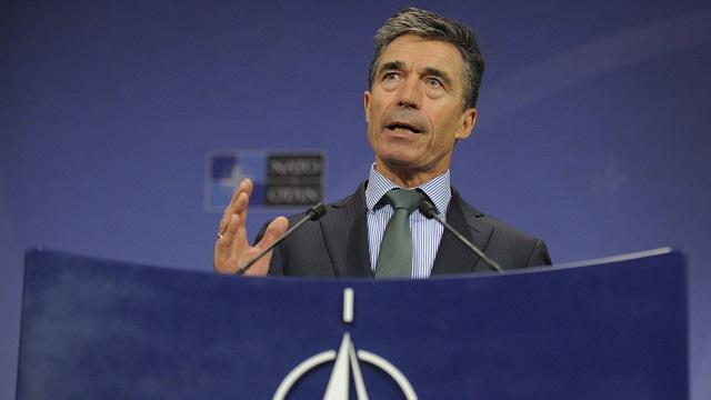 راسموسن: الناتو لا يبحث في أي رد عسكري ضد خطوات روسيا في أوكرانيا