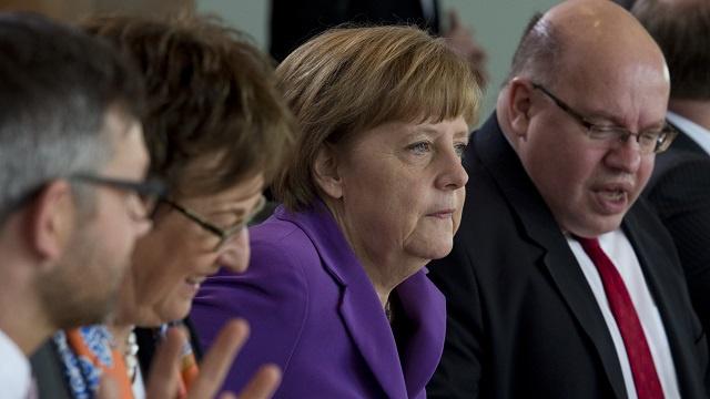 ألمانيا تشارك في عملية تدمير كيميائي سورية بفرقاطة و300 جندي