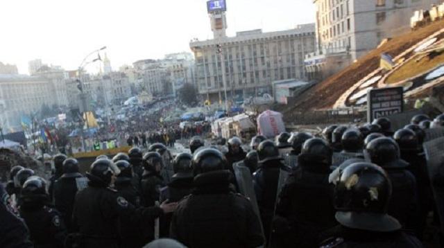 النيابة العامة الأوكرانية تتهم عناصر من القوات الخاصة بالتورط في قتل المتظاهرين