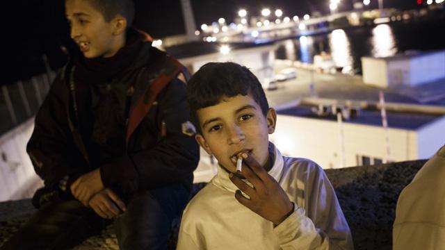 التدخين في الصغر يؤدي إلى خطر السمنة في الجيل التالي