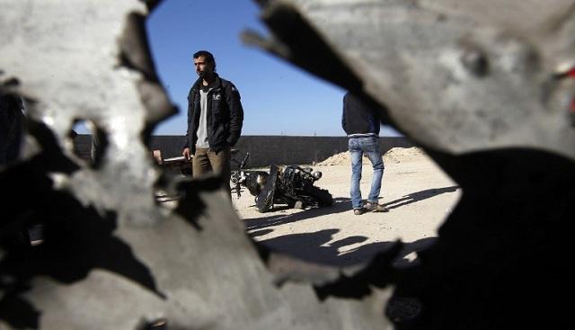 إصابة فلسطينييْن في سلسلة غارات إسرائيلية على غزة