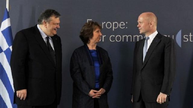 هيغ يدعو الاتحاد الأوروبي إلى إعداد مزيد من العقوبات ضد روسيا على خلفية الأزمة الأوكرانية