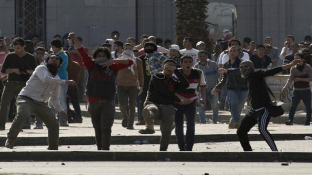 اشتباكات بين أنصار مرسي والأمن بالجيزة
