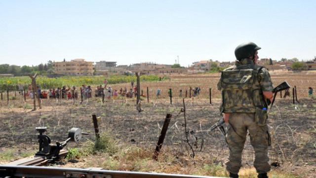الجيش التركي يرد بالمدفعية على إطلاق نار من جهة سورية