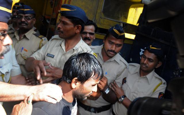 أول أحكام الإعدام في حق المغتصبين للنساء بالهند