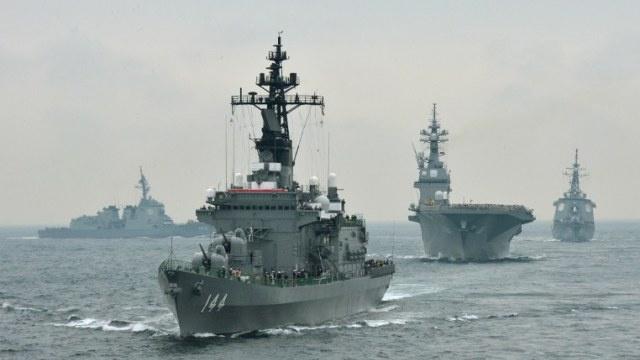 واشنطن تقرر إرسال مدمرتين إضافيتين إلى اليابان بحلول عام 2017