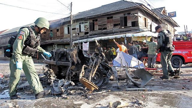 قتيل واحد و14 جريحا في سلسلة تفجيرات جنوب تايلاند