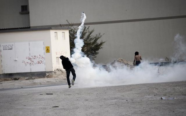 السجن 15 عاما لسبعة بحرينيين متهمين بالاعتداء على شرطي