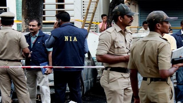 مقتل شرطيين وإصابة ثالث بإنفجار عبوة في الهند
