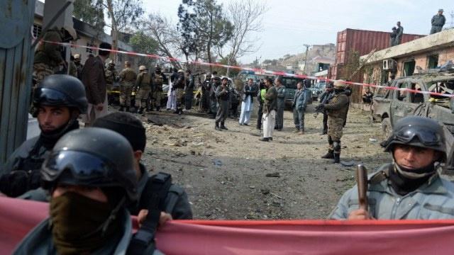مقتل 13 شخصا بتفجير قنبلة جنوب أفغانستان