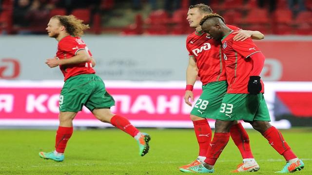 لوكوموتيف يكرم فولغا بثلاثية ويستعيد صدارة الدوري الروسي