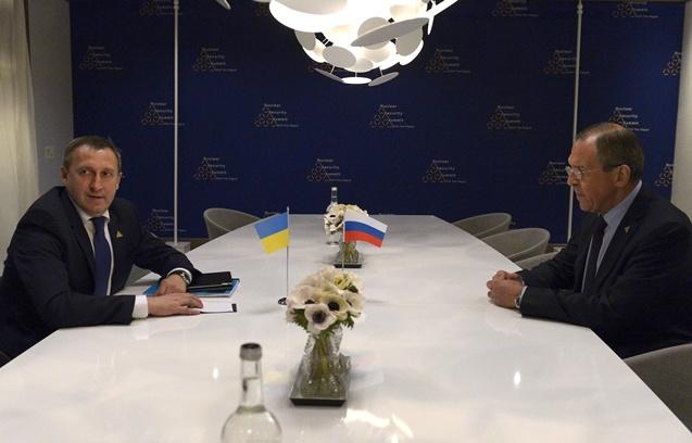 موسكو تدعو السلطات الجديدة في كييف إلى اتخاذ إجراءات عاجلة لعقد حوار وطني شامل
