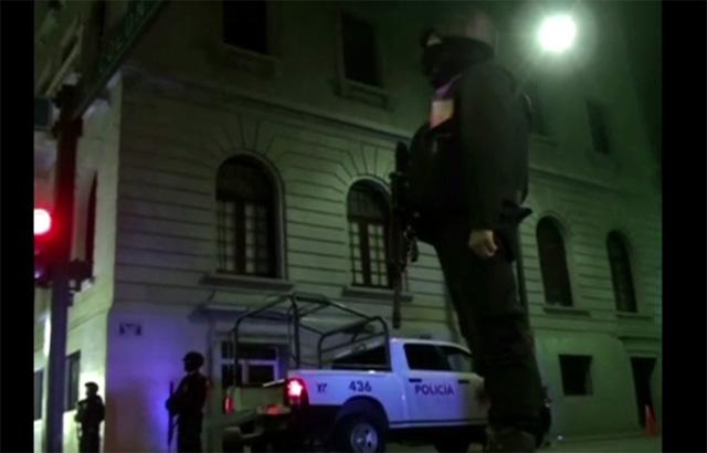 حوالي 20 قتيلا في اشتباكات بين عصابات إجرامية في مدينة تامبيكو المكسيكية (فيديو)