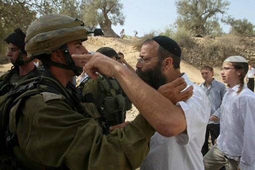 إصابة 6 جنود إسرائيليين بمواجهات مع مستوطنين في الضفة الغربية