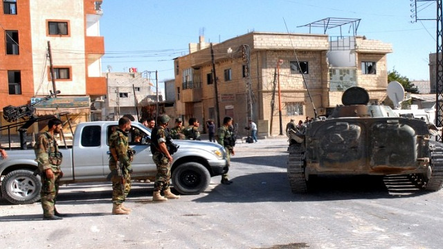 مراسلنا: الجيش السوري يبدأ عملية من 3 محاور باتجاه رنكوس في القلمون