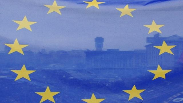 الاتحاد الاوروبي يعمل مع موسكو لتسوية الازمة الأوكرانية ويحضر لعقوبات ضد روسيا
