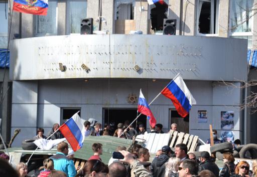 رئيس مجلس مقاطعة لوغانسك يدعو الى استفتاء حول اللغة الروسية وفدرلة أوكرانيا
