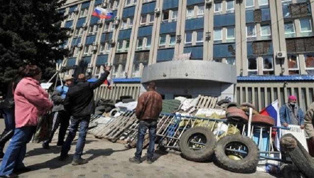 وزير داخلية أوكرانيا: بالقوة أو الحوار السياسي يمكن حل أزمة شرق البلاد خلال يومين