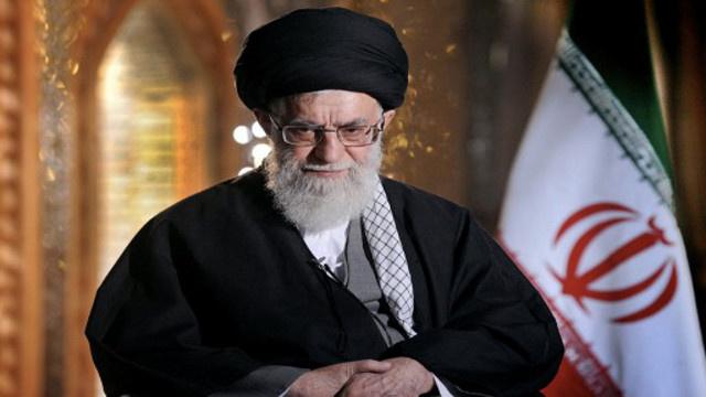 خامنئي: المحادثات النووية يجب أن تستمر والأنشطة النووية الإيرانية لن تتوقف