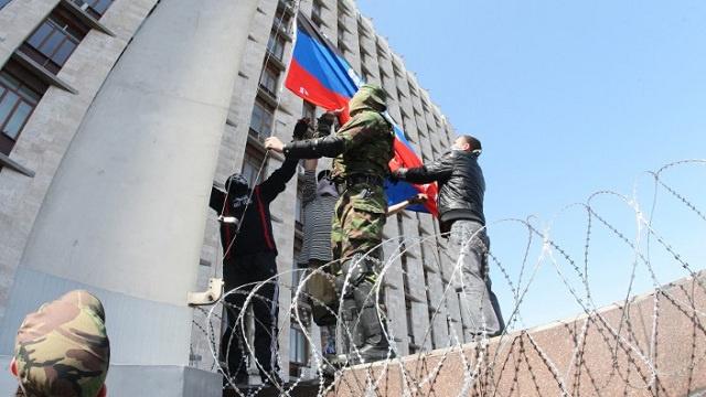 الحكومة المحلية في دونيتسك تعترف باستقلال القرم