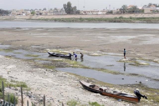 قطع المياه عن العراقيين.. آخر أساليب
