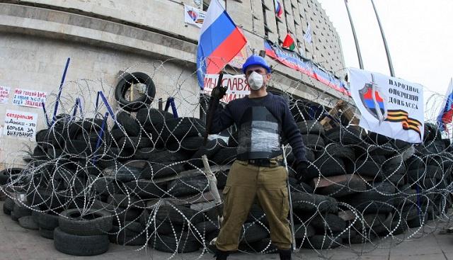 الديوان الرئاسي الأوكراني: فشل المفاوضات مع المحتجين سيدفع لاقتحام مبنى إدارة هيئة الأمن في لوغانسك