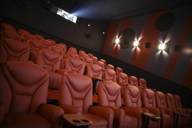 دور السينما في أوكرانيا تقاطع الأفلام الروسية