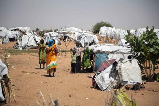 الاتحاد الأوروبي قلق من نزوح 215 ألف شخص من دارفور منذ بداية 2014