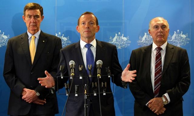 رئيس الوزراء الاسترالي: تحديد موقع حطام الماليزية قد يتطلب وقتا طويلا