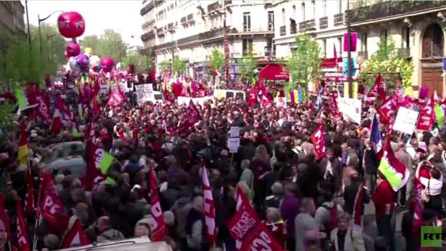 الآلاف يتظاهرون في فرنسا ضد سياسة هولاند (فيديو)