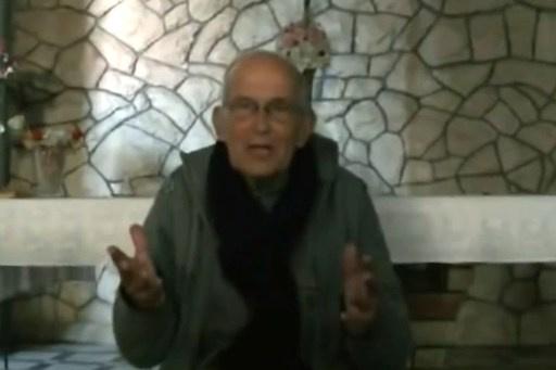 الصنداي تايمز: قتل الراهب فان در لوت في حمص كان عقابا نفذه المتمردون