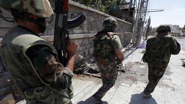 الجيش السوري يسيطر على مرتفعات رنكوس الشرقية والمسلحون ينسحبون