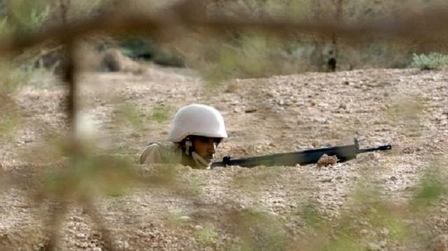 مقتل جندي سعودي وإصابة آخر في تبادل إطلاق النار على الحدود مع اليمن
