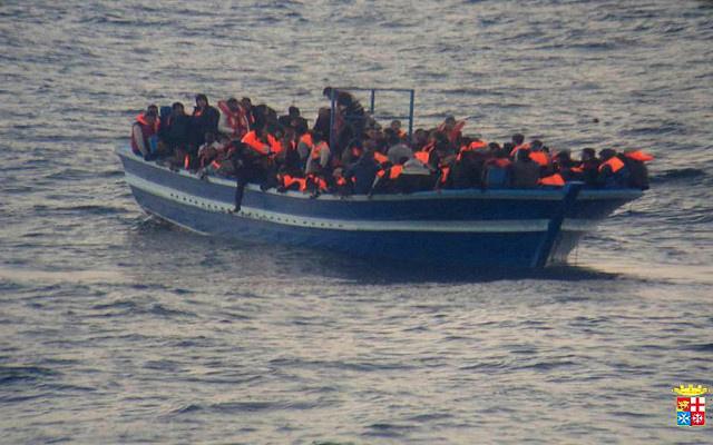 البحرية الإيطالية تنقذ أكثر من 800 مهاجر بالقرب من سواحل لامبيدوزا