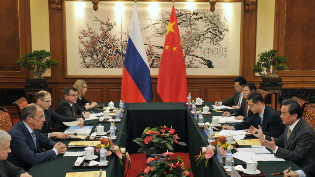 روسيا والصين تخططان لإطلاق حوار حول تنمية طريق الحرير