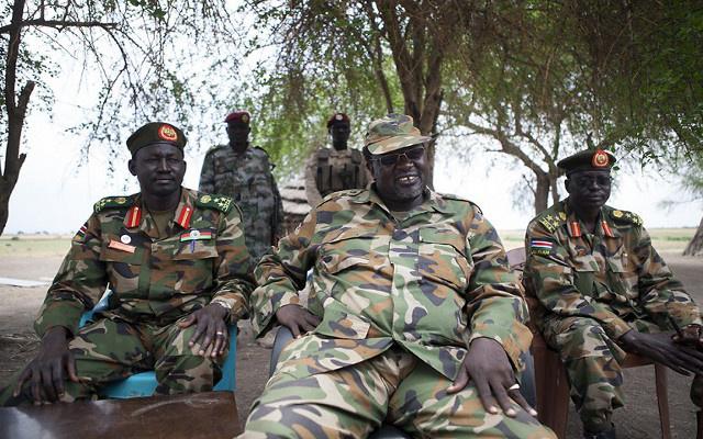 زعيم المتمردين في جنوب السودان يطمح إلى السيطرة على العاصمة والحقول النفطية