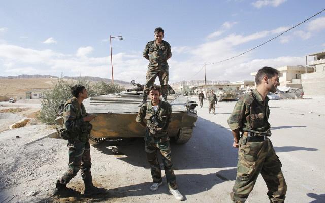 مراسلنا: الجيش السوري يدخل إلى بلدة حوش عرب آخر معاقل المجموعات المسلحة في القلمون