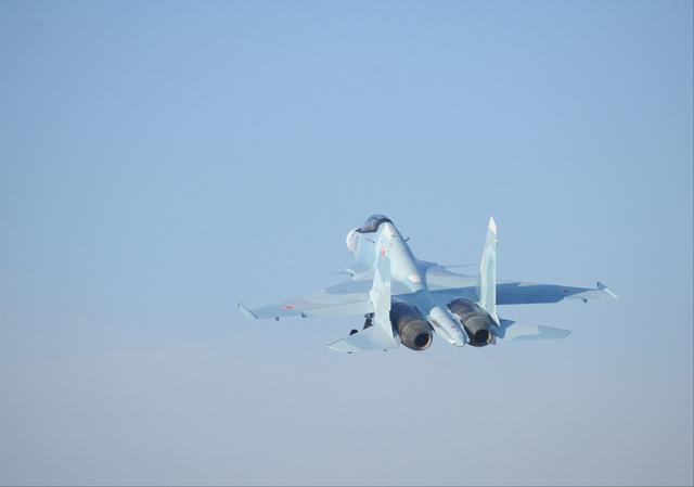 المقاتلات اليابانية تستعد لاعتراض طائرات حربية روسية في حال خرقها حدود البلاد