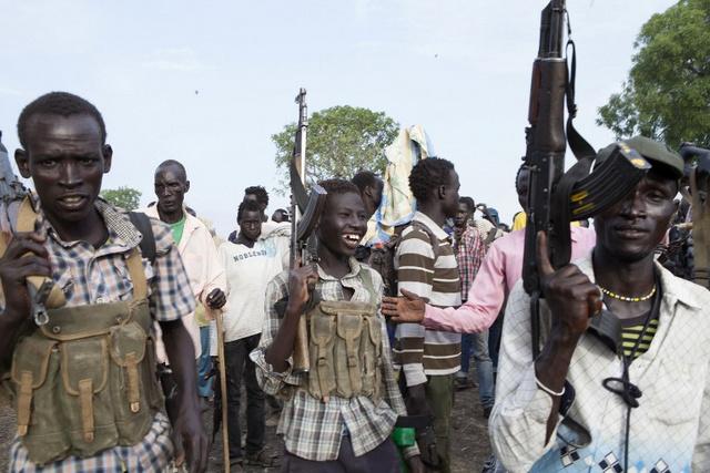 المتمردون في جنوب السودان يسيطرون على مدينة نفطية