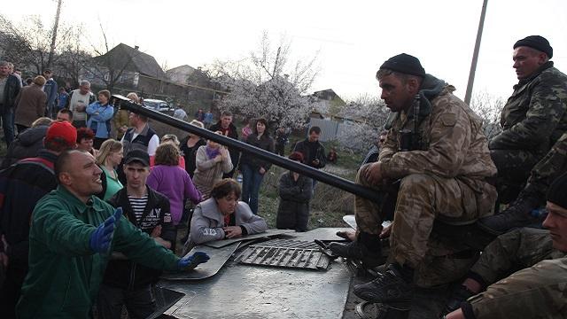 اشتباكات متفرقة في جنوب شرق أوكرانيا