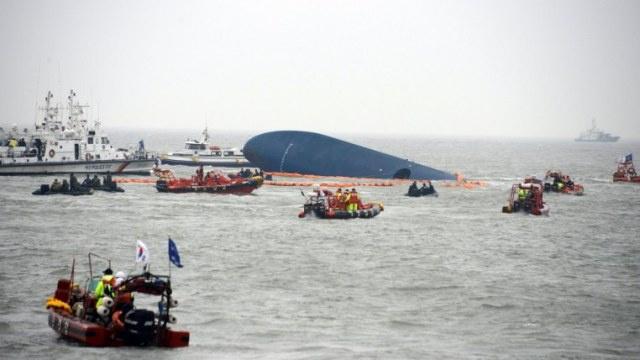 ارتفاع حصيلة ضحايا غرق العبارة الكورية الجنوبية إلى 9 أشخاص