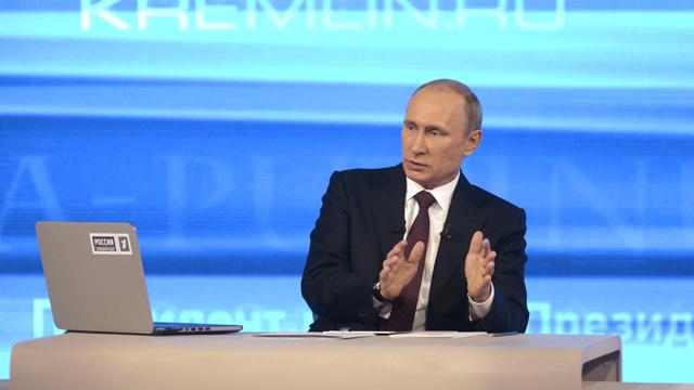 بوتين: القرم تملك إمكانات جيدة لتطوير السياحة والصناعة