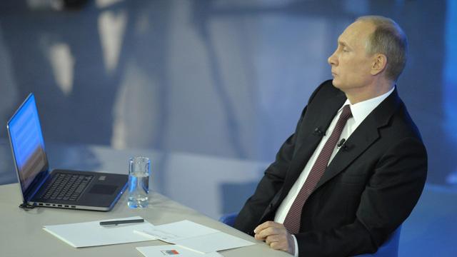 بوتين يستبعد أن تقوم السعودية بخفض سعر النفط عالميا من أجل الإضرار بروسيا