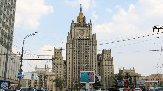 موسكو: التهديدات الأمريكية بالعقوبات غير مقبولة بتاتا