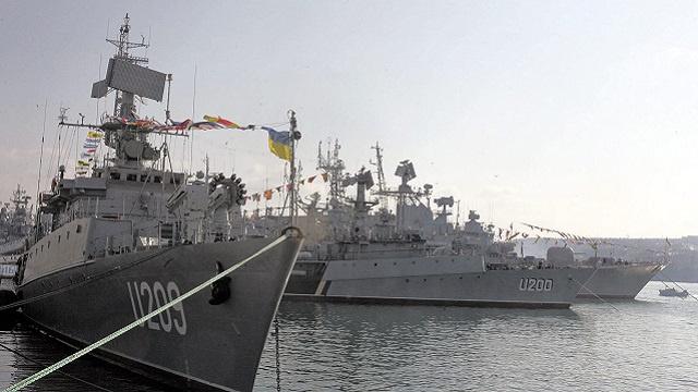 كييف: جميع السفن العسكرية الأوكرانية غادرت القرم