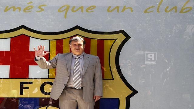 تاتا مارتينو يشد الرحال عن برشلونة بعد موسم كارثي