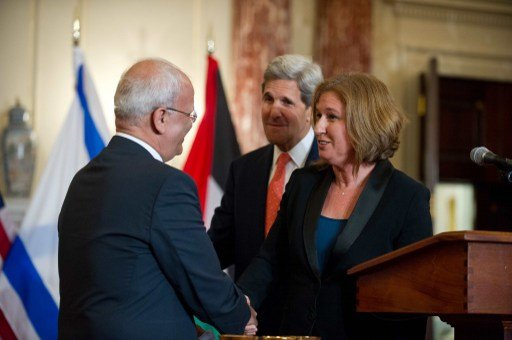 مسؤول فلسطيني: لا نستبعد حل السلطة الفلسطينية في حال فشل مفاوضات السلام